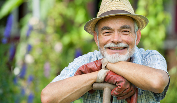 Happy-Farmer-600x350
